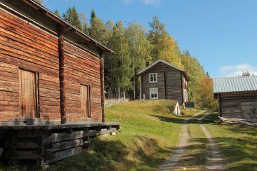 Restaurierte Hütten | © Christine Riel