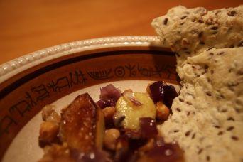 Kartoffeln, Kichererbsen, Zwiebeln und Brot | © Johannes Hansen