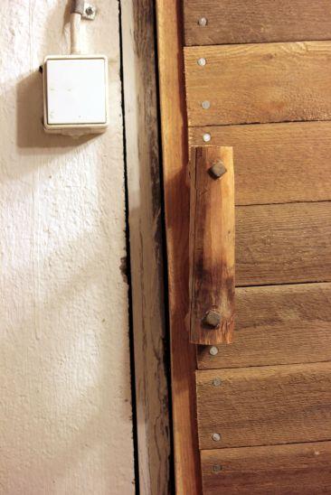 Hölzerne Tür | © Christine Riel